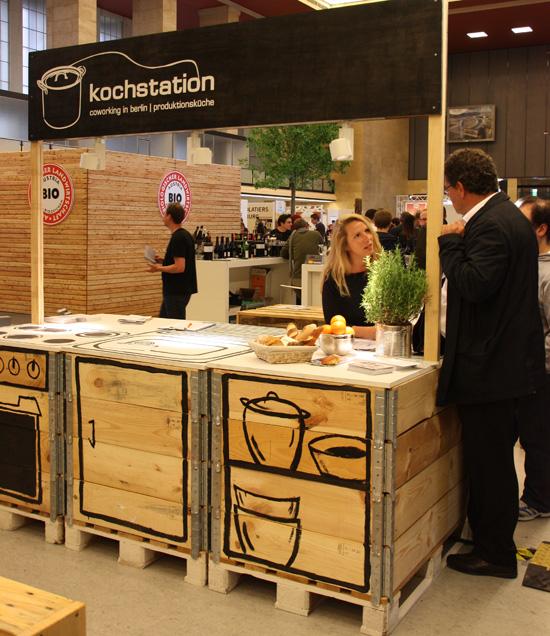 Kochstation berlin coworking space für essen und trinken