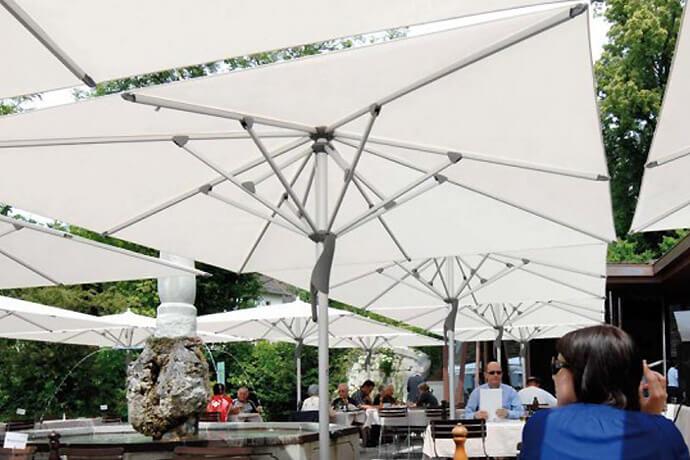 aussenbereich - medien-tools Für eine längere Outdoor-Saison: Sonnenschirme für die Gastronomie von Sunliner