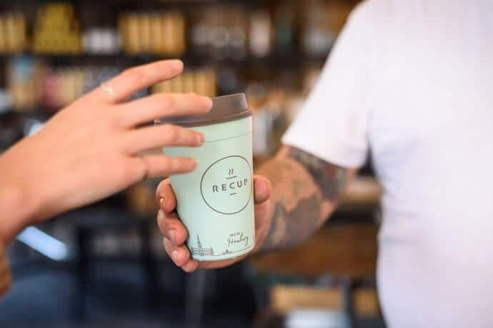 besser bechern 690x460 - management, kaffee-und-tee, getraenke, gastronomie Besser bechern: Mehrweg- statt Einweglösungen für den Coffee to go