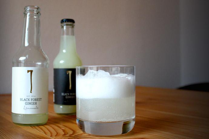 Black Forest Ginger Intense und Lemonade: zwei naturtrübe Bio ...