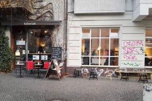 cafe 296x197 - listen-und-citytouren, gastronomie Friedelstraße Neukölln: Auf dem Weg zur Gastromeile?