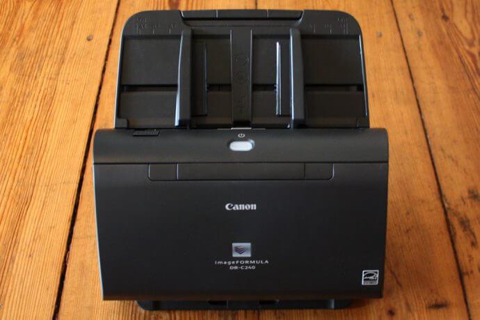 canon1 690x460 - medien-tools Ein Canon Business Produkt öffnet die Tür ins papierlose Büro: Arbeitsplatzscanner imageFORMULA DR-C240