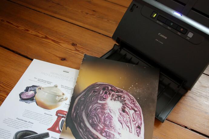 canon4 - medien-tools Ein Canon Business Produkt öffnet die Tür ins papierlose Büro: Arbeitsplatzscanner imageFORMULA DR-C240