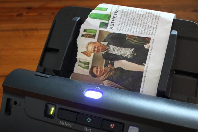 canon6 - medien-tools Ein Canon Business Produkt öffnet die Tür ins papierlose Büro: Arbeitsplatzscanner imageFORMULA DR-C240