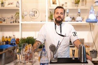 """fabio haebel 330x220 - spirituosen, gastronomie, food-nomyblog Herzhaftes Pairing von Fabio Haebel: Secreto Iberico und ein """"New Clover Club"""" mit Gin Mare"""