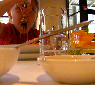 Gastrokidzz: Schweizer Gastroführer für Familien – zum Mitmachen