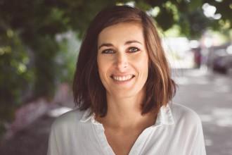 """julia hermle 330x220 - interviews-portraits """"Eine Tasse Fair-Trade-Kaffee kostet 14 Cent"""": Interview mit Julia Hermle von Coffee Circle"""