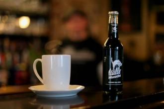 """Kalte Muschi: das """"Rotwein Cola Zeugs"""" wird Kult.Warum?"""