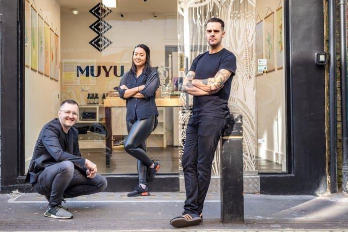 muyu bartender 690x460 - spirituosen, getraenke Starten jetzt in Deutschland: Muyu, die Premium-Liköre von De Kuyper in Kooperation mit Monica Berg, Alex Kratena und Simone Caporale