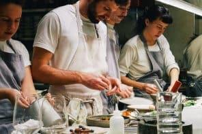 opa team 296x197 - listen-und-citytouren, konzepte, gastronomie, food-nomyblog, events Mehr als Hummus: einmal durch die Gastro-Metropole Tel Aviv essen