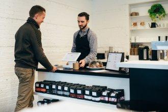 payment cashless 330x220 - medien-tools, management, gastronomie Immer öfter digital: So punktet die Gastronomie mit neuen Payment-Lösungen