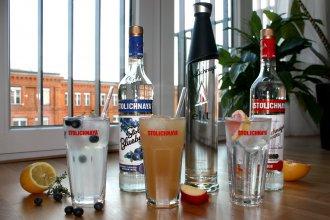 stoli2 1 330x220 - spirituosen, getraenke 3 Longdrinks mit Stolichnaya Vodka