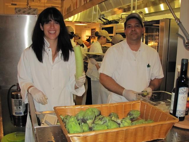 Vegetable Butcher im Eataly, New York: Schneiden und Putzen von Gemüse als Service