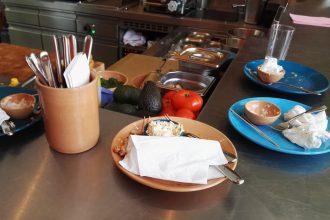 teamfuehrung 330x220 - gastronomie Ein gutes Team ist die halbe Miete: 7 Tipps für die Personalsuche in der Gastronomie